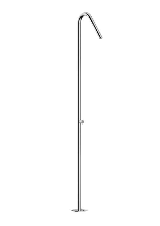 TWIGGY ist eine wunderbar schlichte Duschsäule aus Edelstahl. Der Hersteller FONTEALTA produziert die Duschen gezielt für den Außenbereich. Aus Edelstahl V4A halten sie jeglichen Umwelteinflüssen, wie zum Beispiel Chlor, Salz oder Kalk stand. Die Designer Gartenduschen lassen sich bodenseitig am Pool als Pooldusche oder als Saunadusche installieren.